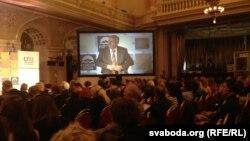 Pamje nga forumi, Prage, 22 tetor, 2012