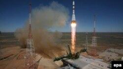 Запуск космического грузового корабля «Прогресс» 28 апреля 2015 года