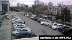 Avtomobil parkı