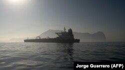 Grace 1 გიბრალტარის სანაპიროს მახლობლად. 2019 წ. 15 აგვისტო.