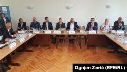 Okrugli sto vlasti i opozicije o izbornim uslovima na Fakultetu političkih nauka u Beogradu, 19. avgust