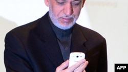 A spokesman Nasratullah Rahimi says that new high-tech network is reliable and that new SIM cards have been given to President Hamid Karzai, the vice presidents, and other government members to connect to the network.