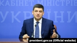 Прем'єр-міністр Володимир Гройсман має намір покласти край контрабанді і тіньовим схемам на митниці