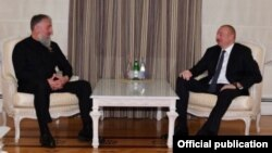 Депутат Госдумы от Чечни Адам Делимханов и президент Азербайджана Ильхам Алиев