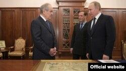 Путин һәм Медведев Шәймиев белән очраша. Мәскәү, 19 гыйнвар 2017