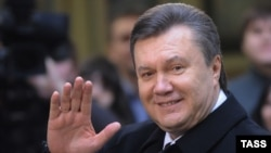 Paul Manafort was widely credited with masterminding the political comeback in 2010 of Viktor Yanukovych (shown here outside a polling station in Kyiv in February of that year).
