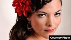 Caro Emerald (Sursa foto: brightondome.org)