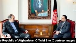 سرپرست وزارت خارجه افغانستان با ادریس زمان سفیر ایران در کابل