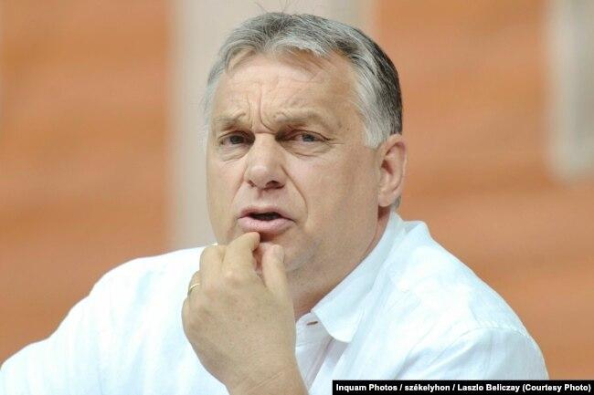 Премьер-министр Венгрии Виктор Орбан во время визита в районы Трансильвании (Румыния), населенные венгерским меньшинством