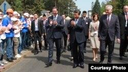 Президент Китаю відвідує металургійний завод Zelezara Smederevo, 19 червня 2016 року