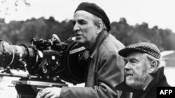 اينگمار برگمان، فيلمساز و کارگردان برجسته تئاتر و يکی از تأثير گذارترين هنرمندان سده بيستم ميلادی ، در سن ۸۹ سالگی درگذشت.
