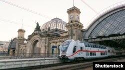 Німеччина. Головний залізничний вокзал у Дрездені