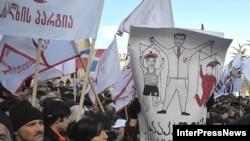 По мнению оппозиционеров, возможности переговоров с властями исчерпаны
