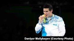 Казахстанский боксер Данияр Елеусинов, золотой призер Олимпиады в Рио, 17 августа 2016 года.