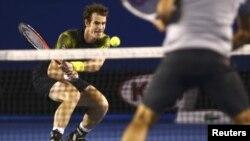 Pamje nga dueli Murray - Federer në Melburn
