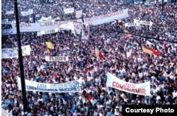Protestul din Piața Universității 1990