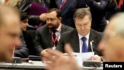 """Президент Украины Виктор Янукович на вильнюсском саммите """"Восточного партнерства"""" 29 ноября 2013 года"""