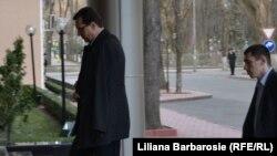 Liderul PD, Marian Lupu, soseşte la reşedinţa prezidenţială