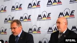 Veaceslav Untilă și Iurie Colesnic (MAE)