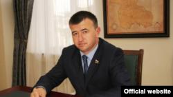 Спикер парламента Петр Гассиев заявил о необходимости внести поправки в закон о персональных данных
