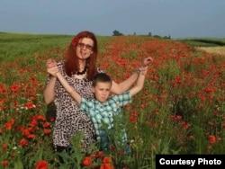 Найголовніша підтримка матері-волонтерки – син Максим