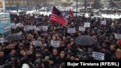 Širom Kosova održani protesti na kojima su građani tražili oslobađanje Haradinaja