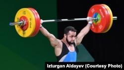 Ниджат Рахимов устанавливает свой рекорд на Олимпиаде в Рио. 10 августа 2016 года.
