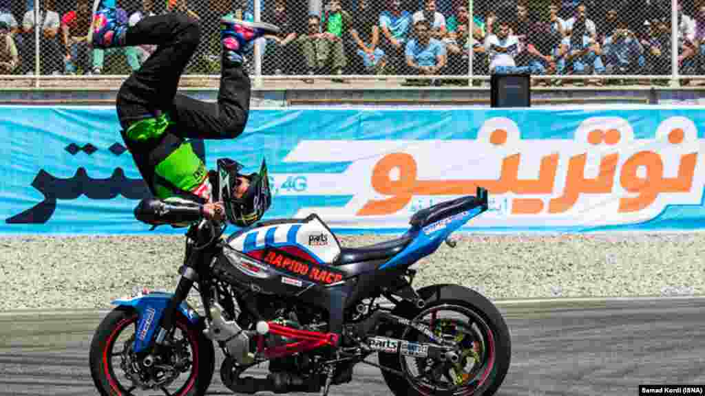 دومین مرحله مسابقات موتورسواری ریس قهرمان کشوری پیست آزادی تهران