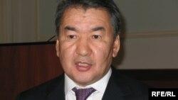 Конституциялық кеңес төрағасы Қайрат Мәми.