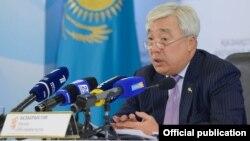 Сыртқы істер министрі Ерлан Ыдырысов брифингте сөйлеп тұр. Астана, 27 желтоқсан 2016 жыл.