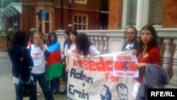 Londonda aksiya, 2 sentyabr 2009