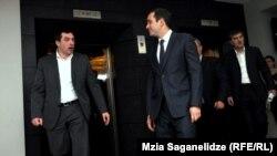 """Руководители """"Единого Национального Движения"""" и победившей """"Грузинской мечты"""" встречаются в Тбилиси. 5 октября 2012 года."""