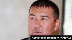 Берик Атабаев, нефтяник, житель Шетпе, на суде в Актау, 20 апреля 2012 года.