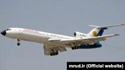 یک هواپیمای مدل ام دی(مک دانل داگلاس) متعلق به هواپیمایی تابان