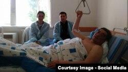 Рамазан Есергепов на больничной койке после получения ножевого ранения. Жамбылская область, 15 мая 2017 года.