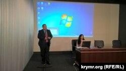 Рефат Чубаров на урочистому зібранні з нагоди 25-річчя газети «Кримська світлиця»