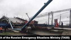 Обрушение моста на главный путь Транссиба в Амурской области