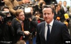Дэвид Кэмерон выглядит озабоченным. Это неудивительно: ему грозит крупное политическое поражение