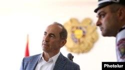 Второй президент Армении Роберт Кочарян в суде