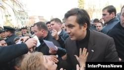Возвращение «Имеди» в эфир порадует не всех. Михаил Саакашвили обращает в свою веру жителей Телави