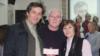 Дорин Лозовану (слева) в Национальной библиотеке Чувашии с актером Геннадием Кирилловым и библиотекарем Галиной Соловьевой