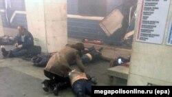 После взрыва в метро в Петербурге 3 апреля