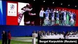 صحنهای از ارائه پیشنهاد میزبانی مشترک جام جهانی ۲۰۲۶ از سوی ایالات متحده، کانادا و مکزیک