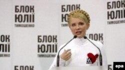 «Наше правительство уже начинает творить чудо», - сказала Юлия Тимошенко, только став премьером