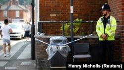 Полицейское оцепление в Эймсбери. 5 июля