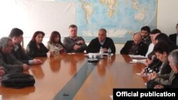 Armenia - Raffi Hovannisian (C) and senior members of his Zharangutyun party discuss upcoming parliamentary elections, 18Mar2012.