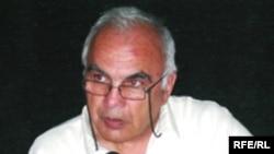 """Cavanşir Quliyev """"Azadlıq"""" radiosunun Bakı Bürosunda, 14 iyul 2006"""