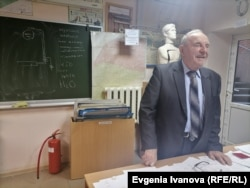"""Albert Bich, an 83-year-old professor at Kaliningrad State Technical University: """"When we arrived, I wasn't afraid of the new city or of the Germans. I was more curious. The red-tiled roofs…. We had never seen anything like that."""""""