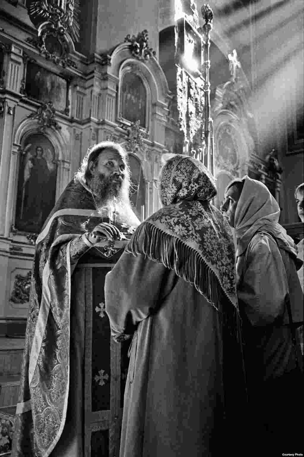 В монастыре. 2000 год.