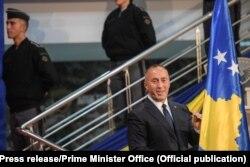 Kryeministri i Kosovës, Ramush Haradinaj gjatë fjalimit të tij në ceremoninë e transformimit të FSK-së në Ushtri